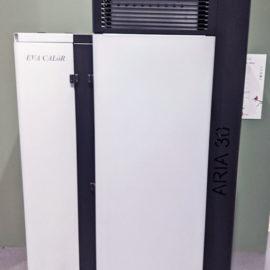 Generatore aria calda a caricamento automatico eva 30 kw con contributo cet